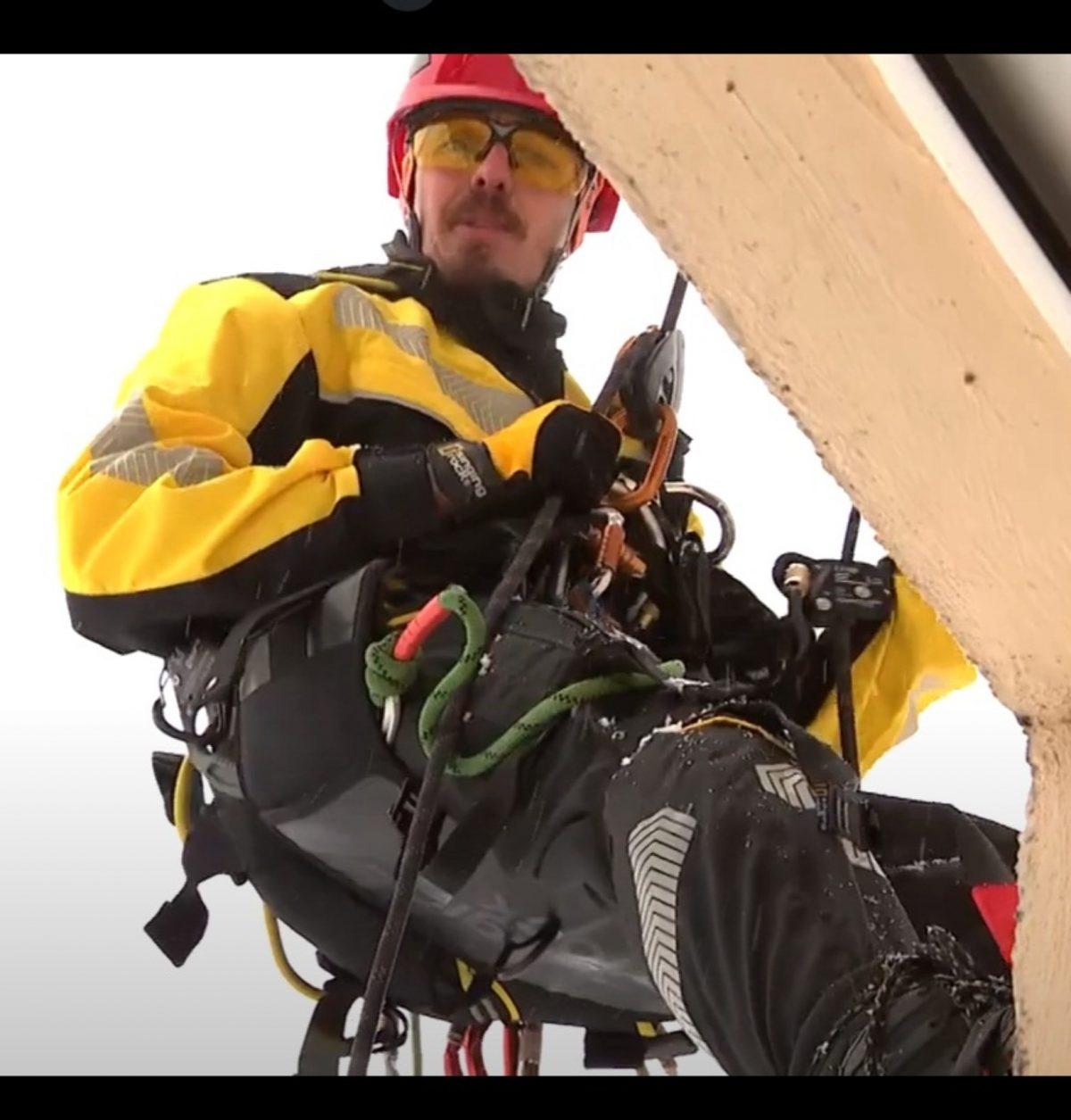 в передаче «Доброе утро» о нас (про промышленных альпинистов, разговор на веревках)